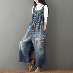 Laie Wide Leg Denim Overall Vintage Printed Flower Jumpsuit Denim Romper, Jeans Jumpsuit, Denim Overalls, Denim Jeans, Harem Jeans, Overalls Outfit, Overalls Women, Denim Leggings, Wide Leg Denim