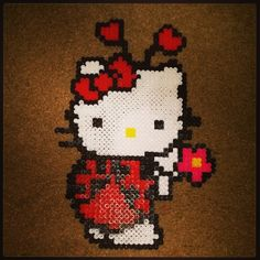 Ladybug Hello Kitty perler beadsby dezarroyo