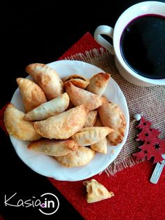 Pierniczki świąteczne, miękkie i szybkie - Kasia.in Christmas Eve, Holiday, Polish Recipes, Appetisers, Appetizer Recipes, French Toast, Cooking Recipes, Yummy Food, Breakfast