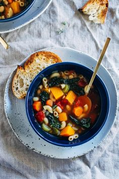 Winter Minestrone Soup- made with nourishing kale and butternut squash, this hearty vegetable soup is sure to keep you warm all winter long. (vegan + gluten-free) Hey there! I hope you all had a wonderful holiday filled with friends, family and delicious food. We had a incredible week visiting with family but now it's back …