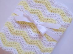 Baby blanket crochet light yellow and white ripple chevron blanket