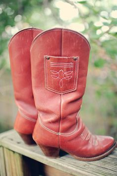 I've wanted red cowboy boots since the first time I saw Footloose. Love these!
