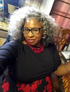 Hairstyles Over 50, Black Women Hairstyles, Cool Hairstyles, Grey Hair Don't Care, Gray Hair, Marley Crochet Braids, Short Hair Cuts, Short Hair Styles, Grey Hair Over 50