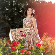 Photo by @rockagirl #retro #pinup #vintage #retrolook #vintagestyle #redlips #blackhair #paleskin #pale #roses #classy #polishgirl #photoshoot #flowers #sun #polishpinup #gaygirl #girlswholikegirls