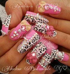 Estilo Sinaloa Nails Only, Get Nails, Fancy Nails, Bling Nails, Love Nails, Pink Bling, Gorgeous Nails, Pretty Nails, Duck Nails