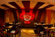 Hard Rock Cafe in Ibiza Spain has opened today! Hard Rock, Ibiza Restaurant, Really Cool Photos, Rock Cafe, Ibiza Spain, Vintage Grunge, Deco, Around The Worlds, Architecture
