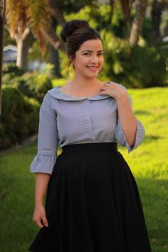 If you liked our Kinsley top in pink your going to love it in black! (Veronica skirt also available) Curvy Girl Outfits, Curvy Girl Fashion, Modest Fashion, Hijab Fashion, Plus Size Fashion, Fashion Dresses, Modest Dresses, Modest Outfits, Casual Dresses