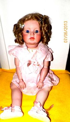 This is Carrie She is 26 to 28 inches tall. She is extremely active. Creepy Kids, Creepy Stuff, Creepy Dolls, Scary, Haunted Objects, Ghost Hauntings, Paranormal Photos, Haunted Dolls, Night Terror