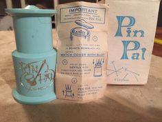 "Vintage  TUPPERCRAFT "" PIN PAL "" in original box. organizes your sewing pins"