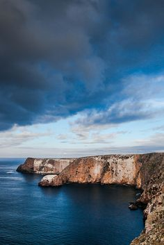 Headlands and Cliffs of Santa Cruz Island, Channel Islands National Park, California; photo by .Lee Rentz - the - the perfect place to and - experience with Visit California, California Travel, Santa Cruz Camping, Visit Santa Barbara, Camping Cornwall, Santa Cruz Island, Channel Islands National Park, American National Parks, Lake Havasu City