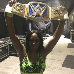 wwe #FeelTheGlow of the hometown #SDLive Women's Championship, @trinity_fatu!!! #WrestleMania  2017/04/03 12:28:07