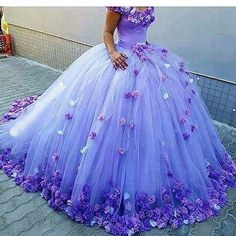 Wonder if Ailin would wear something like this?  It's pretty, but who knows what she'll like in a couple years!