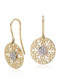 Beautiful as they are chic, these vintage-inspired earrings feature round brilliant diamonds framed in 14k yellow gold.