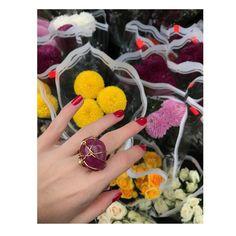 """56 Likes, 1 Comments - Lina Hernandez Jewelry (@linahernandezjewelry) on Instagram: """"La naturaleza. Las flores 🌺. Las piedras. Todos venimos de lo mismo. #energia #poder #amor #color…"""""""