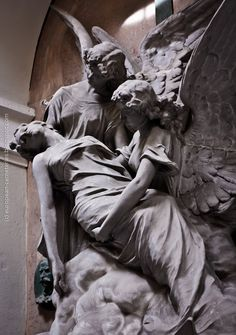European Cemeteries: Escorted to Heaven: The dead and the angels. Cemetery Angels, Cemetery Statues, Cemetery Art, Angels Among Us, Angels And Demons, After Life, Guardian Angels, Angel Art, Kirchen
