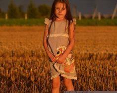 Encaje chica vestido de Lino gris chica ropa por InGAartWork