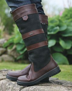 dubarry boots - a must have! I need these, they look better than Wellies. Country Boots, Country Outfits, Dubarry Boots, Equestrian Style, Equestrian Fashion, Country Fashion, Boot Socks, Cool Boots, Black Boots
