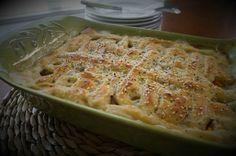 Homemade Chicken Pot Pie: Tender chicken and vegetables swim together in a creamy sauce that is adorned with a flaky homemade biscuit crust. Homemade Chicken Pot Pie, Homemade Biscuits, How To Cook Chicken, Chicken Treats, Chicken Recipes, Biscuit Pot Pie, Suet Cakes, Meal Worms, High Protein Recipes