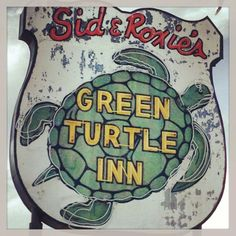See 140 photos and 71 tips from 1187 visitors to Green Turtle Inn. Sign O' The Times, Vintage Neon Signs, Green Turtle, Retro Advertising, Florida Food, Florida Keys, Vintage Florida, Typography, Lettering