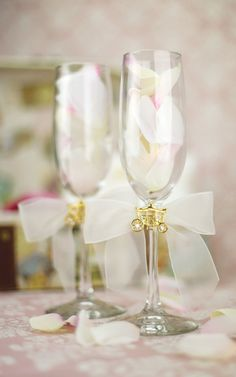 Elegant Fairy Tale Cinderella Coach Wedding Toasting Glasses