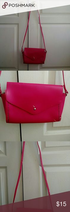 CUTE  Hot Pink Purse 100% Leather and in overall good condition this purse ac85b187f6404
