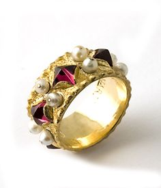 "18 kt. gold ""Byzantium"" band with rhodolite garnets and pearls"