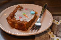 Veganer Karottenkuchen für Ostern Pie, Desserts, Food, Biscuits, Baking, Vegan Carrot Cakes, Boyfriend Food, Dessert Ideas, Easter