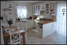… – rustic home interior Dream Home Design, House Design, Kitchen Interior, Kitchen Decor, Küchen Design, Interior Design, Country Kitchen Designs, Scandinavian Living, Kitchen Remodel