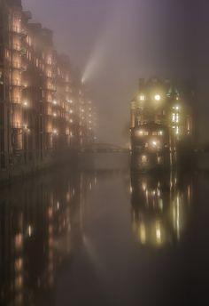 Mystic City -Hafencity / Hamburg - Germany