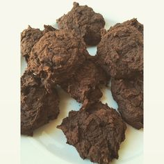 So yesterday I made these brownie bean cocoa cookies! and they made a nice addition to breakfast  they're one of those weird recipes that uses black beans.. But they're so yummy! Based off of black bean brownie recipes:  1 can drained black beans, 1 scoop chocolate whey, 1/4 cup oat flour, 2 Tbs. Cocoa powder, 1Tbs. Coconut oil, 1 Tbs. Agave nectar. That's it! they aren't super sweet, so you can add a little stevia if desired, or chocolate chips! Blend together completely and it will be…