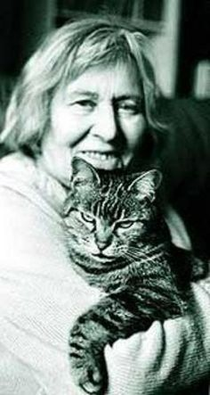 Margherita Hack amava i gatti. #iLoveAnimalsToo #ancheIoAmoGliAnimali #yoTambienMeEncantanLosAnimales