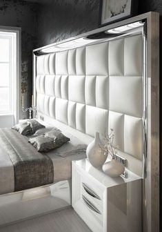 40 Fabulous Headboard Designs For Your Bedroom Inspiration - Adorable 40 Fabulous Headboard Designs For Your Bedroom Inspiration - Modern Luxury Bedroom, Master Bedroom Interior, Luxury Bedroom Design, Bedroom Closet Design, Bedroom Furniture Design, Home Room Design, Bed Furniture, Luxurious Bedrooms, Furniture Layout