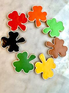 Decorated sugar cookies St Patrick's Day Cookies, Sugar Cookies, Davids Cookies, St Patricks Day, Desserts, Decor, Tailgate Desserts, Deserts, Decoration