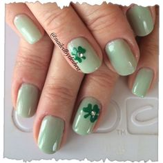 Simple mint green St. Patrick's Day nails