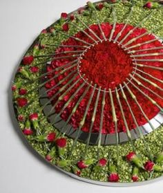 'Circles' design - an entry in the 2013 Fusion Flowers International Designer of the Year Competition - Silver Award - Mark Pampling Designs Floral Texture, Arte Floral, Floral Arrangements, Flower Arrangement, Carnations, Christmas Home, Flower Designs, Flower Art, Centerpieces