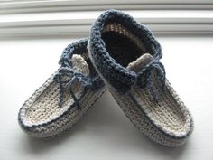 Cozy Crochet Slipper Pattern pdf, Comfy slippers for all sizes from  6mos.- size 14