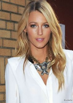 Blake Lively hair! Why can't my hair look like this?!
