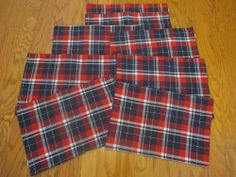 8 Placemats Red Blue White Plaid Checks Kitchen Table Country