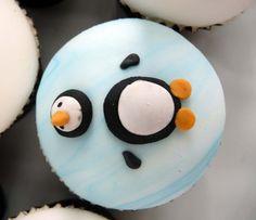 Het is inmiddels hartje winter en dat gaat gepaard met koud weer. Dit is dan ook het perfecte moment om de keuken in te duiken om winter cupcakes te maken.