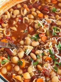 The best pasta fagioli soup! Canned spaghetti sauce and beef broth loaded with ground beef, vegetables, beans, tomatoes, and tender pasta. Pasta Fagioli Crockpot, Pasta Fagioli Soup Recipe, Pasta Soup, Pasta Dishes, Gnocchi Soup, Rice Dishes, Main Dishes, Beef Soup Recipes, Healthy Soup Recipes