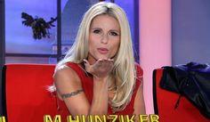 """MILANO La conduttrice del tg satirico """"Striscia la Notizia"""" Michelle Hunziker rischia una condanna di sei mesi di reclusione. Secondo alcune indiscrezioni"""