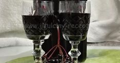 SUROVINY kuliček černého bezu (na váhu vody cukr krystal Winter Drink, Destiel, Red Wine, Wine Glass, Alcoholic Drinks, Food And Drink, Herbs, Tableware, Vignettes