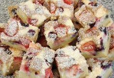 Túrós gyümölcsös szelet Pasta Salad, Cereal, French Toast, Food And Drink, Cookies, Breakfast, Cake, Ethnic Recipes, Foods