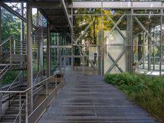 Fondation Cartier - Jean Nouvel Jean Nouvel, French Architecture, Facade Architecture, Richard Rogers, Bernard Tschumi, Fondation Cartier, Sou Fujimoto, Steven Holl, Container Architecture