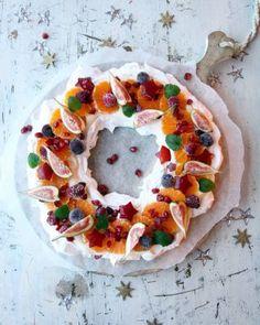Elins gule bomber - Krem.no Vegetable Pizza, Panna Cotta, Baking, Vegetables, Desserts, Food, Tailgate Desserts, Dulce De Leche, Deserts