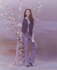Girl Photo Poses, Girl Photos, Iu Hair, Iu Fashion, Korean Actresses, Korean Celebrities, Types Of Dresses, Lady And Gentlemen, Korean Beauty