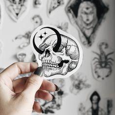Arrow Tattoo Couple - Sun And Moon Tattoo Designs - Tattoo Leg Text - - Kunst Tattoos, Body Art Tattoos, New Tattoos, Small Tattoos, Tatoos, Anime Tattoos, Tattoo Bein, I Tattoo, Tattoo Sketches