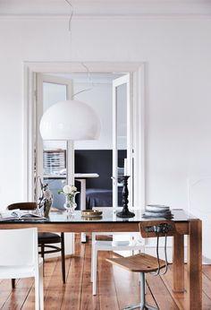 a stylist s home full of personality frenchbydesign einrichten und wohnen bodenbelag zuhause