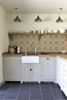 http://www.behangfabriek.com/a-44316472/kitchenwalls/retro-tile-1441-green-or-blue/