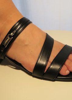 Schnäppchen: Riemchen Sandalette in schwarz von S.Oliver
